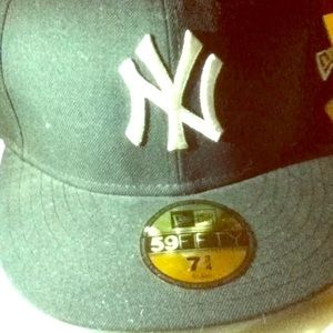 New York Yankees fitted hat cap lid 7 3/4